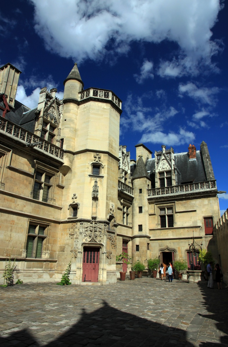 The Medieval Museum Musée de Cluny: the value of museums